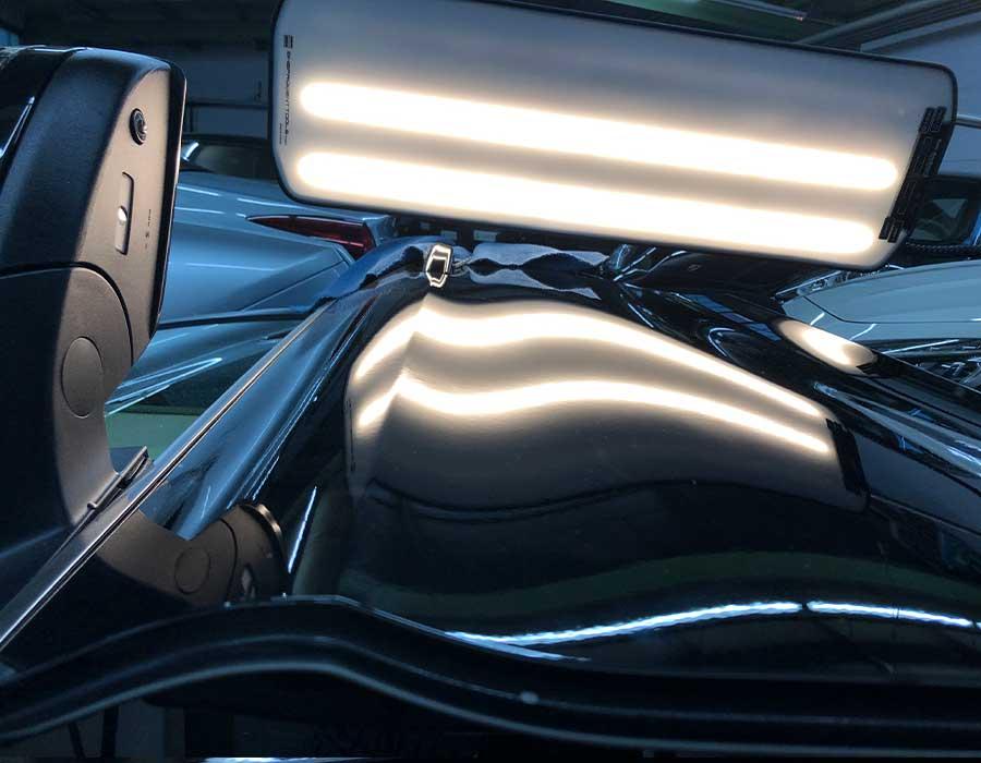Reparierte Delle in Motorhaube - Beulendoktor in Sindelfingen - Dent Repair Team